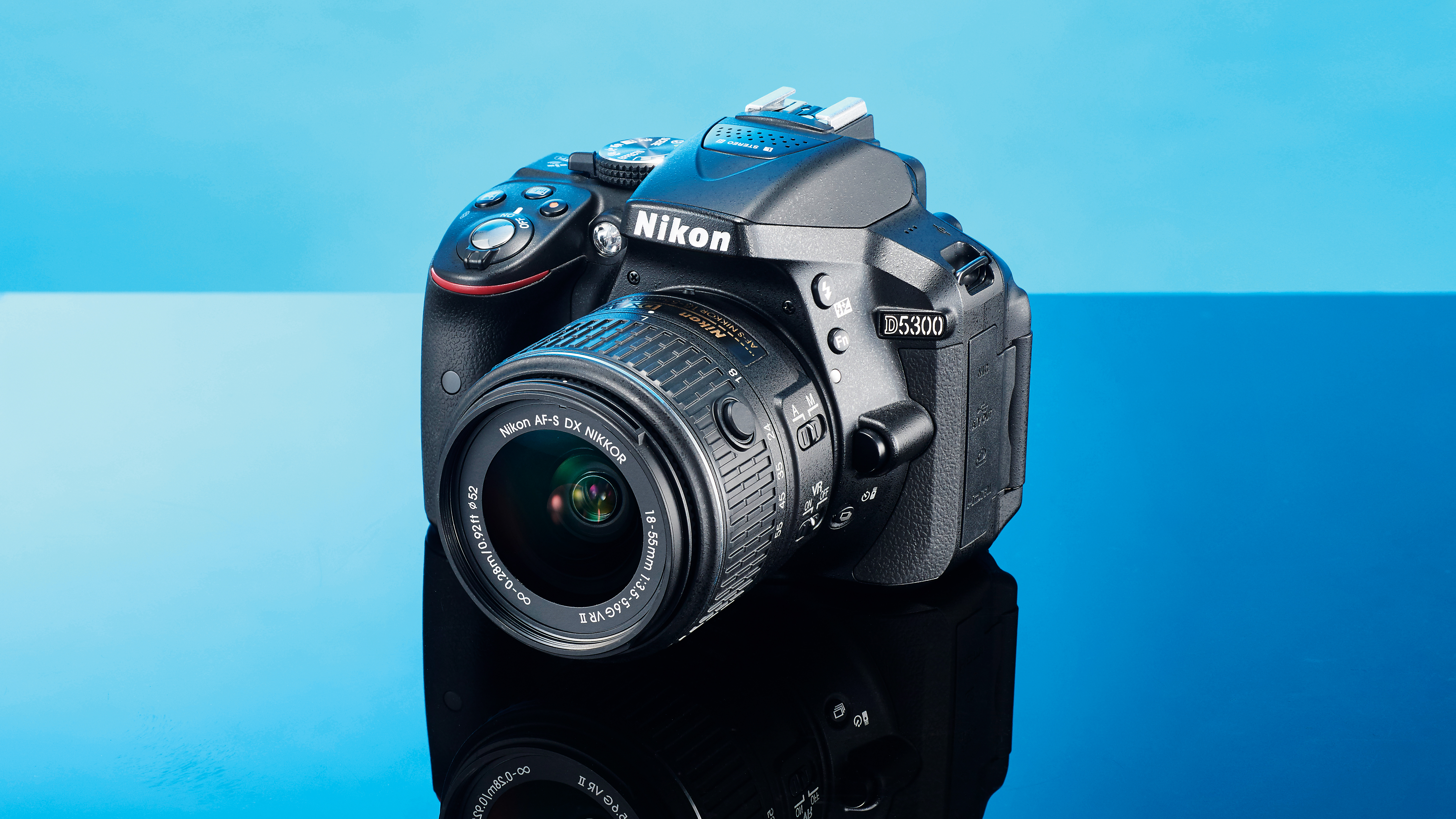 Best DSLR cameras under Rs. 50,000 in India in December 2017 1500464986_776_canon-vs-nikon-which-dslr-should-you-buy