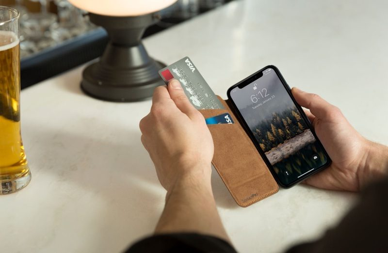 Twelve South Debuts New SurfacePad Case for iPhone X 1518630011_482_twelve-south-debuts-new-surfacepad-case-for-iphone-x