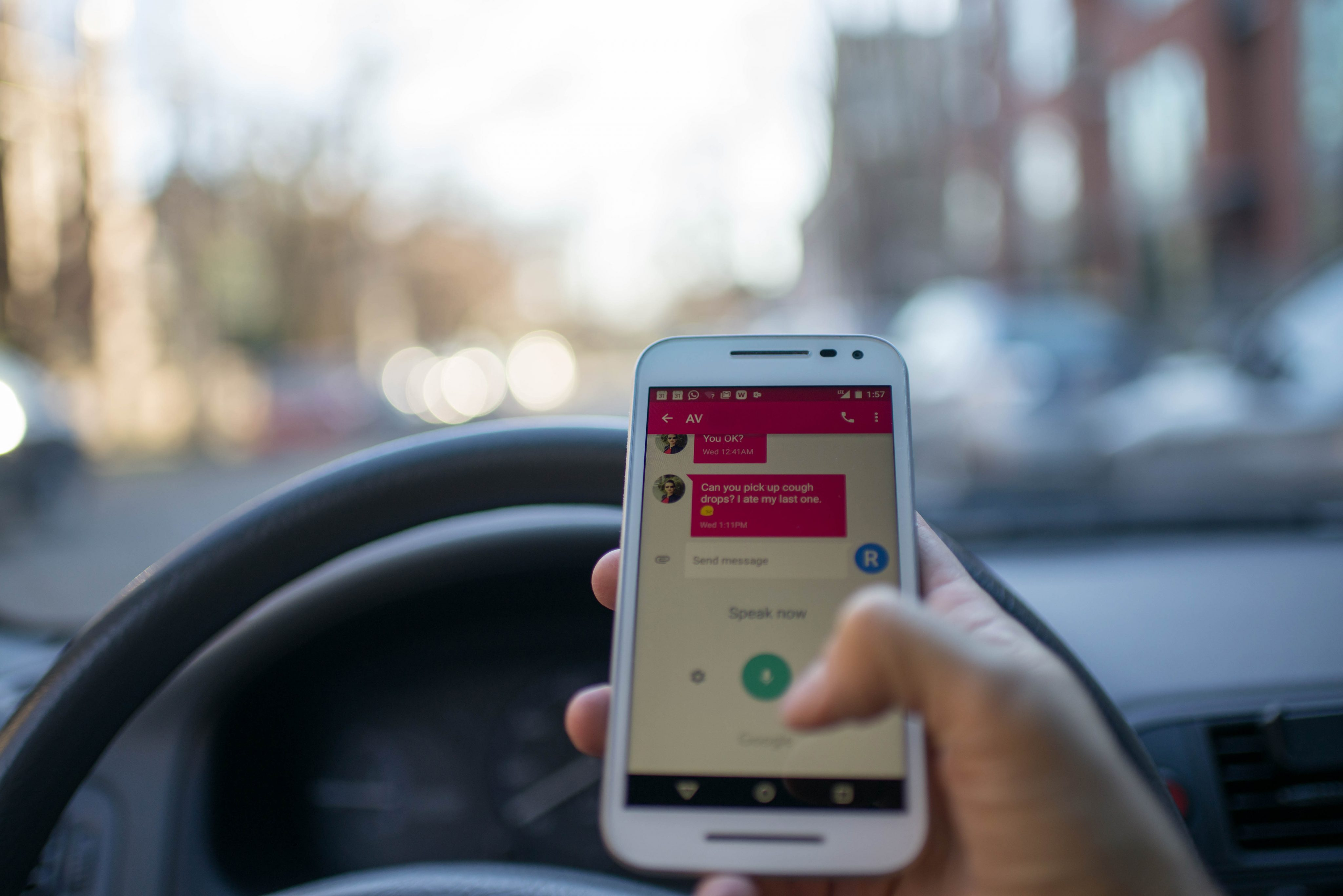Australia to get phone-detecting traffic cams in bid to curb distracted driving australia-to-get-phone-detecting-traffic-cams-in-bid-to-curb-distracted-driving