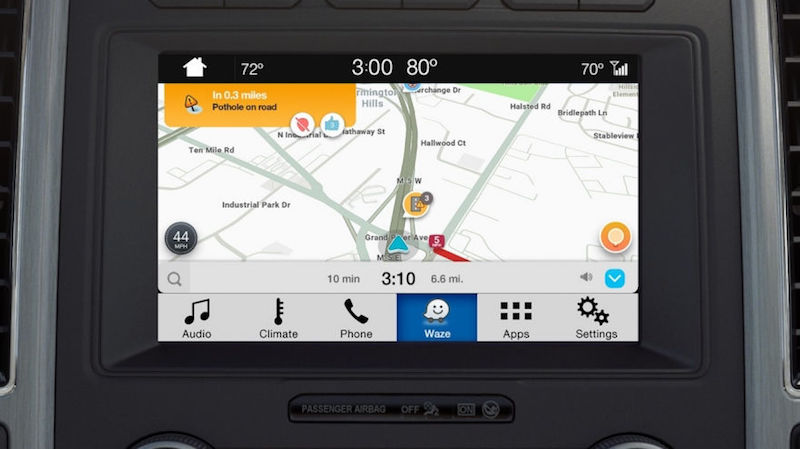 Waze Launches on Ford's SYNC 3 Infotainment Systems Through iOS AppLink waze-launches-on-fords-sync-3-infotainment-systems-through-ios-applink