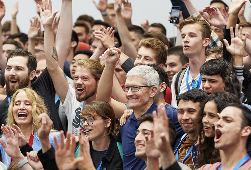 A Week in the Life of WWDC 2018 Scholarship Winners a-week-in-the-life-of-wwdc-2018-scholarship-winners